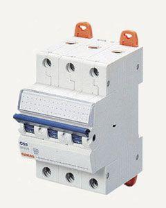 Выключатель автоматический GEWISS - 3P C32 6KA 3M Арт.GW92070