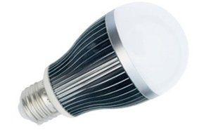 Светодиодная лампочка АС-LED10-12 10 Вт для солнечных модулей