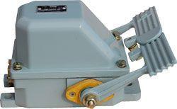 Концевой выключатель ножной НВ-701 (он же НВ701)