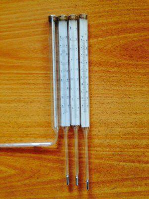 Термометр технический ртутный угловой ТТУ L-141мм -30/+50С.
