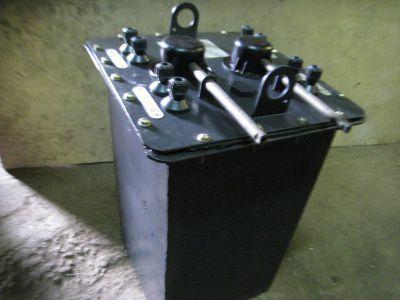 Автотрансформатор (латр) РНО-250-10 24/40А 127/220В