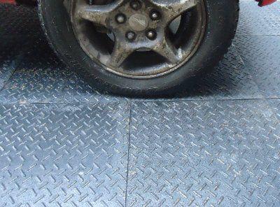Вулканизированная резиновая плитка для пола Резиплит - Зерно