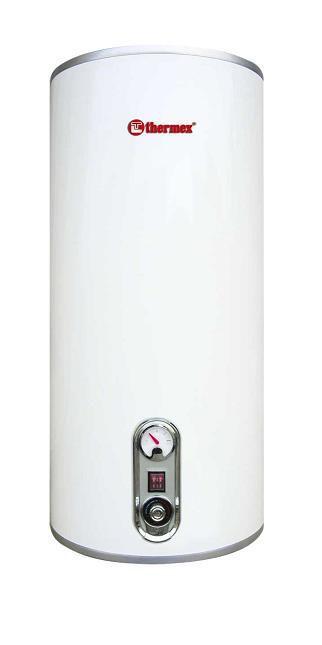 На стене ванной смонтирован бойлер, который все время включен и поддерживает требуемую температуру воды в баке