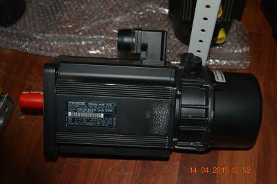 Электродвигатель INDRAMAT MAC093A-0-LS-2-C\130-A-1\S005
