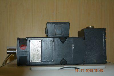 Электродвигатель SIEMENS 1HU 5040-0AC01-Z   2000 1sec. 2,4A  0,318KW