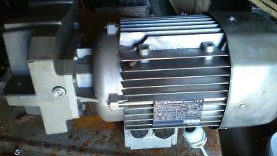 Мотор-редуктор bonfiglioli F25 2 H35 S3