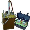 АИСТ 70/50 Аппарат для испытания изоляции силовых кабелей и твердых диэлектриков.