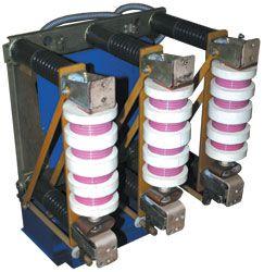 ВВУ-35 вакуумный выключатель стационарного исполнения, напряжение 35кВ, рабочий ток 1000А, ток отключения 20кА, привод электромагнитный