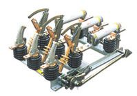 ВНА-10 выключатель нагрузки с автоматическим отключением, с заземляющими ножами, с розетками под предохранители ПКТ 103 с приводом