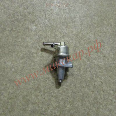 Насос топливный к двигателю Kubota V2203