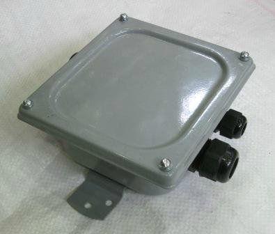 Коробка соединительная КС-10 ip 65 (с сальниками)