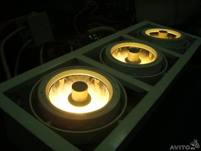 Светильник потолочный 2-х памповый