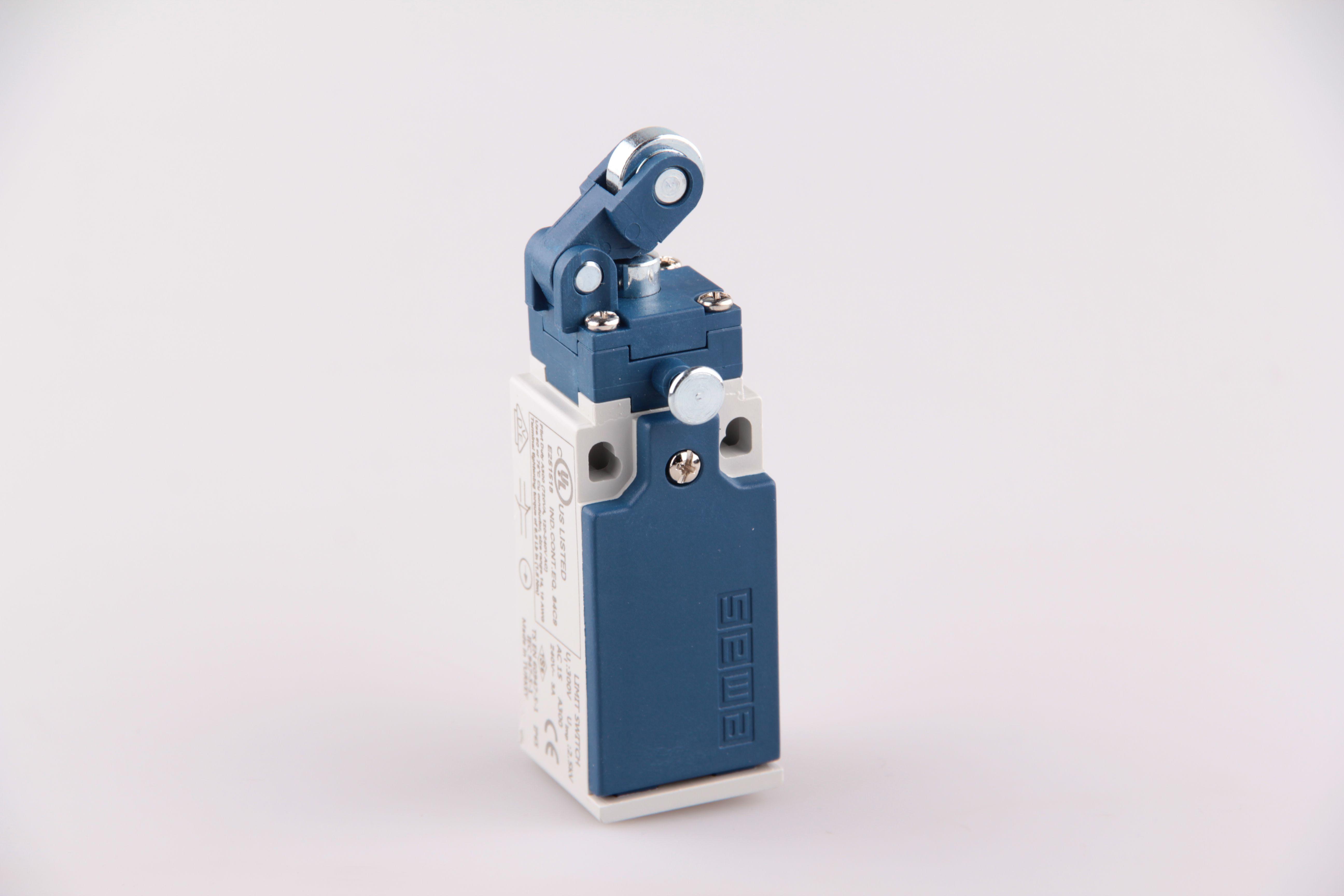 Концевой выключатель L5K23MIM311R с фиксацией