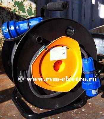 Удлинитель 220В на катушке 50 метров КГ 3*2,5 IP68