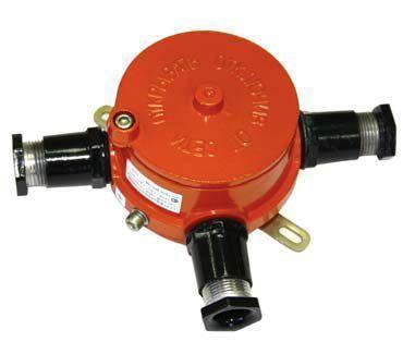 Коробка взрывозащищенная КР-В-100Д колодка винтовая, без кабельных вводов, без пробок, 1ExdIICT6, IP65