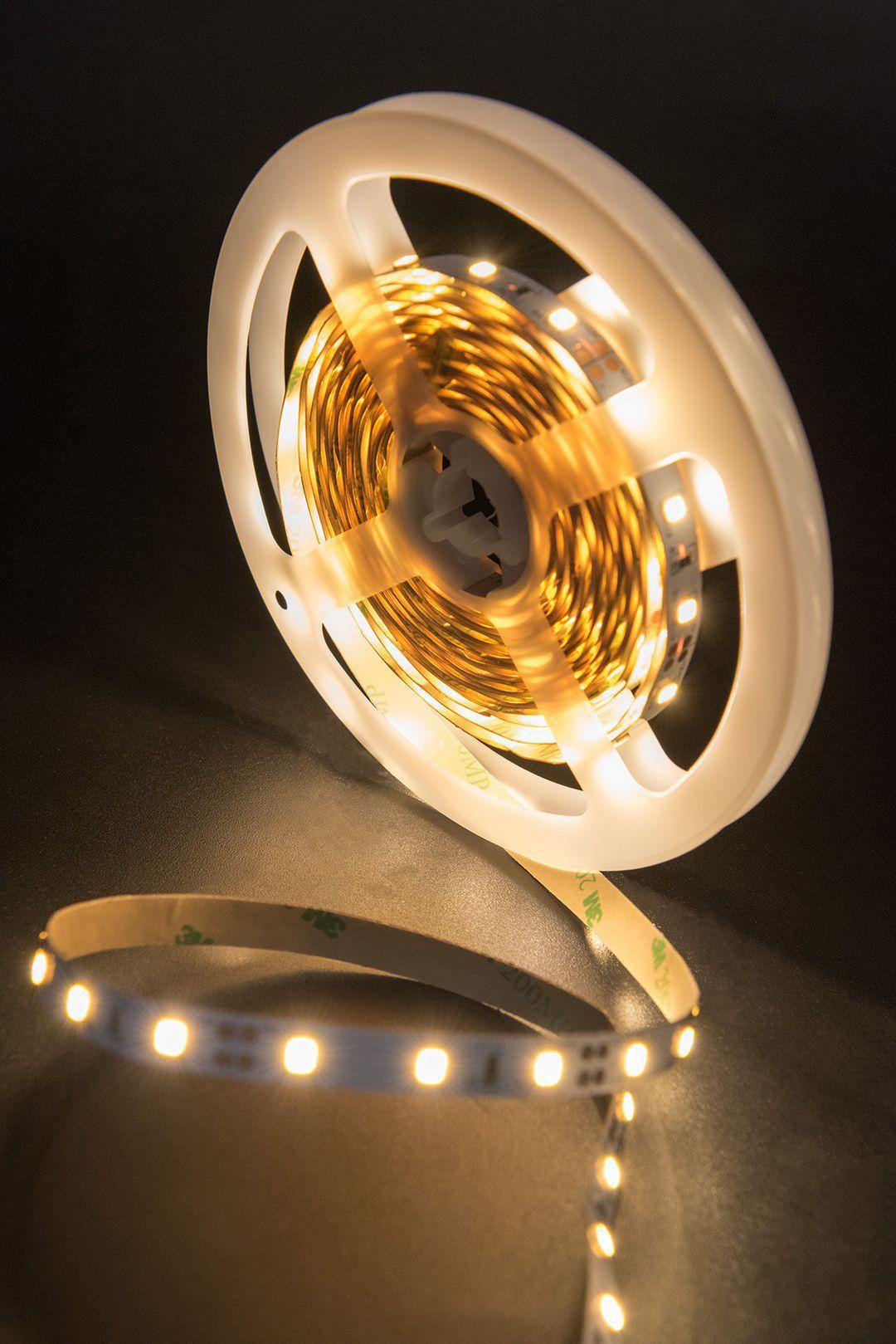 Светодиодная лента SMD 2835, 60 LED/м, 6,3 Вт/м, 12В , IP20, Цвет: Теплый белый