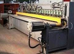 МТМ-160-3 ширина сетки 3800 мм; d продольных 3-5 мм; d попер-ных 3-5 мм; шаг каретки 50 мм; расстояние м/у продольными прутками 50; производительность 45-60 м.пог./час; подача попер-ного прутка: мерных; кол-во транс-ров 19.