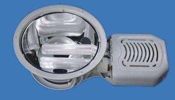 Серия Eva - светильники потолочные встраиваемые для компактных люминисцентных ламп.