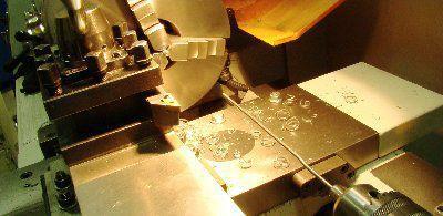 Механическая обработка - токарная, фрезерная, слесарная, сверлильная;