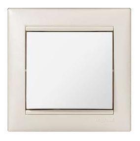 Рамка Valena 2-местная, вертикальная, жемчужная | арт. 770486 | Legrand