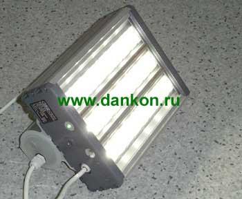 УСС-18 Светодиодный уличный светильник