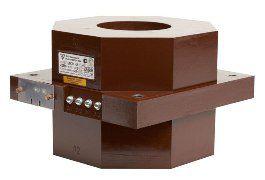 Трансформатор тока измерительный литой проходной типа ТЛП-10-1 на 10 кВ