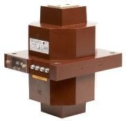 Трансформатор тока измерительный литой проходной типа ТЛП-10-3 на 10 кВ
